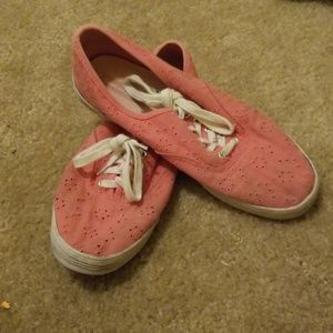 AEO Pink Shoes